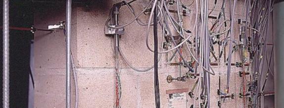 attach strain gauge to concrete