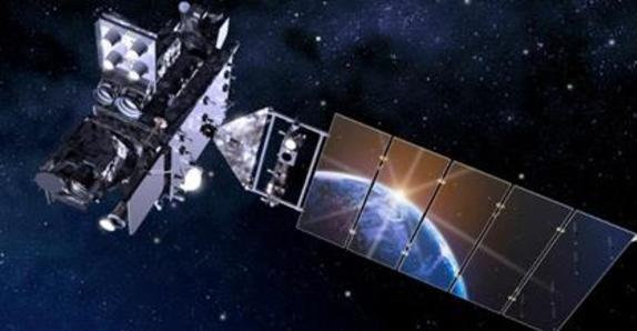 Accelerometer for satellite measurement